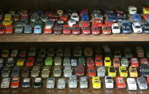 Fordy i skody. Zobacz kolekcję samochodzików