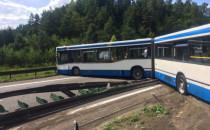 Autobus stanął w poprzek obwodnicy