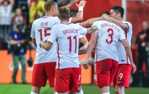 Polscy piłkarze dzielą miliony