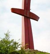Krzyż na terenie dawnych fortyfikacji miejskich