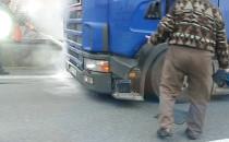 Na obwodnicy spłonęła ciężarówka. Kierowca...