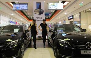 Nowy gracz sprzedaje Mercedesy i Mazdy