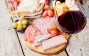 Młode wino w Trójmieście. Gdzie spróbujemy beaujolais nouveau?