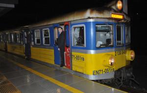 Typy pasażerów nocnej SKM-ki z przymrużeniem oka