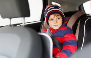 Jak bezpiecznie przewozić duże dziecko?