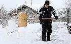 Opady śniegu to obowiązki. Ile kosztuje odśnieżanie?