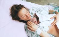 """Porody rodzinne coraz popularniejsze, ale... """"nie wszyscy panowie wytrzymują"""""""