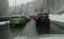 Drogowcy walczyli ze śniegiem w maju