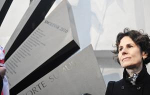 Odsłonięto pomnik ofiar katastrofy smoleńskiej