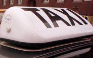 Kierowca taksówki chciał wyłudzić 150 zł