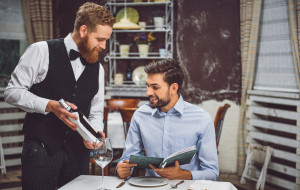 Sommelier radzi: winiarska etykieta