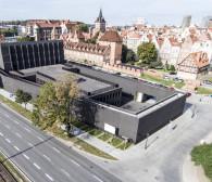Ciemne chmury nad Teatrem Szekspirowskim?