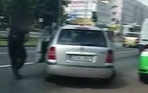 Agresywny kierowca na celowniku prokuratury