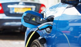 Elektryczna rewolucja na drogach. Co się zmieni w Trójmieście?
