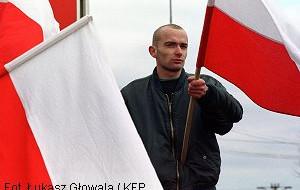 Flaga na 11 listopada