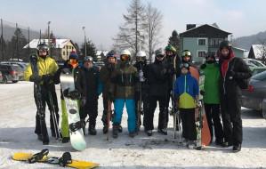 Żużlowcy Zdunek Wybrzeża Gdańsk na stoku narciarskim. Zgrupowanie w Szczyrku