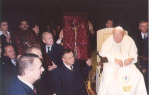 Połączenie Lotosu z Orlenem błogosławił papież