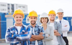 Na rynku pracy brakuje budowlańców. Wyższe ceny i opóźnienia na budowach