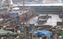 Wielkie barki powstają w Stoczni Crist