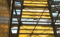 Skąd bursztynowy kolor stadionu PGE Arena...