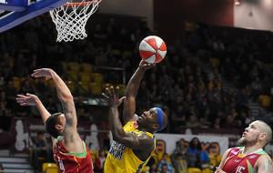 O rehabilitację na koszykarskich parkietach