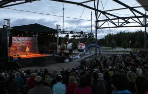 Teatr Wybrzeże gra w Pruszczu Gdańskim. Weekendy ze Sceną Letnią