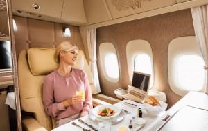 Pierwsza klasa w samolocie - podniebny luksus
