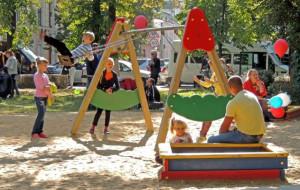 Podwórkowe kłótnie dzieci a interwencja rodziców