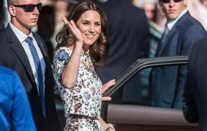 Moda z królewskiego dworu. Czym inspirują nas kobiety władzy?
