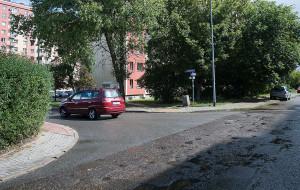 Chcieli lustro drogowe, będzie kontrola parkowania
