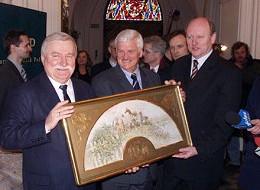 Wałęsa kontynuuje tradycję