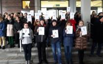 Pracownicy sądów protestują. W Gdyni...