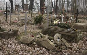 Posprzątają cmentarz na Kolibkach i Jezioro Kackie
