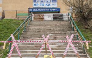 Będzie remont schodów do przychodni Morena