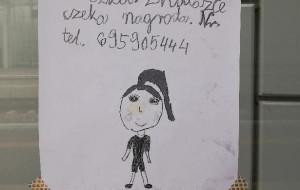 Zgubiona lalka wróciła do dziewczynki