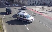 Gdynia: straż miejska eskortowała rodzącą...