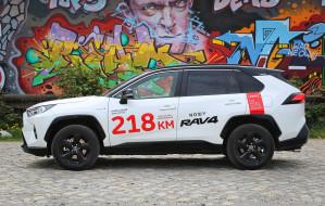 Toyota RAV4: piąta generacja lubianego SUV-a