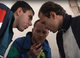 """Filmowe Trójmiasto: gdański """"dres-kod"""" w filmie """"Wożonko"""""""