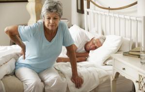 Wygodny sen. Jak urządzić sypialnię osoby starszej?