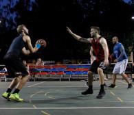 Nocny turniej koszykówki ulicznej w Gdyni