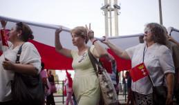 Obchody rocznicy Porozumień Sierpniowych: wielka flaga Polski i koncert w stoczni