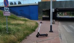 Czy spot skłoni do prawidłowego parkowania hulajnóg?