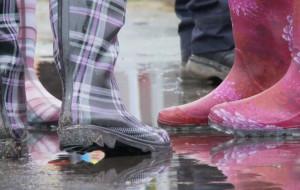 Open'er: Co robić, gdy pada deszcz?