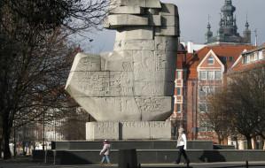 Pomnik z Podwala Staromiejskiego zniknie na czas budowy parkingu