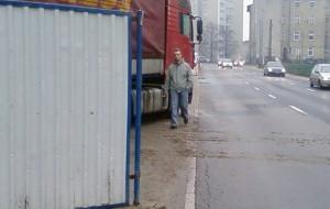 Budowa wygnała pieszych na ulicę