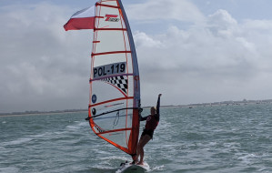 Windsurfing - latająca deska. Anna Igielska brązową medalistką mistrzostw świata