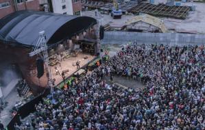 Letnie Napięcie w Gdańsku: imprezowa przestrzeń i cykl koncertów