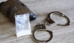 Policjant oskarżony i wydalony ze służby przez narkotyki