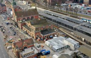 Tymczasowy dworzec obok dworca w Gdańsku