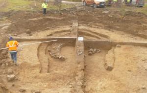 Grobowiec i cmentarzysko na budowie Trasy Kaszubskiej